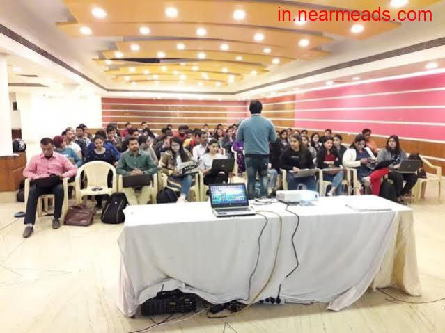 School of Digital Marketing – Best Course in Ahmedabad - 1