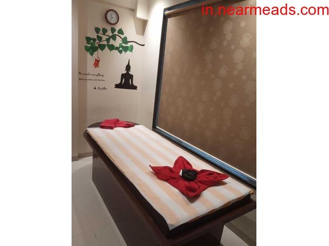 Female to Male Massage in Nashik - 1