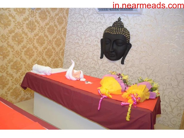 Spa Palace Best Female to Male Body Massage in Nagpur - 1