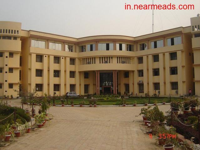 Shri Ram Swaroop Memorial – Get Engineering Course in Lucknow - 1