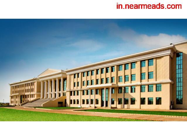 Amity University – Pursue MBA Course in Raipur - 1