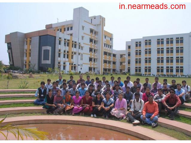 Pragati College Of Engineering And Management – B.Tech College Raipur - 1