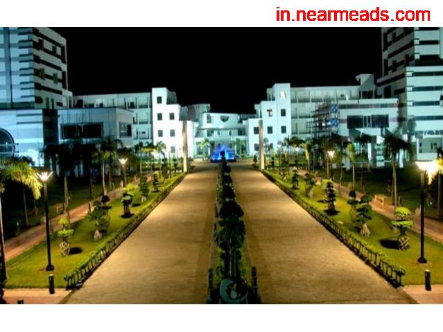 Axis Institute of Technology and Management Kanpur - 1