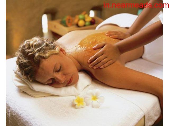 Female to Male Happy Ending Body Massage in Vadodara 7878160055 - 4